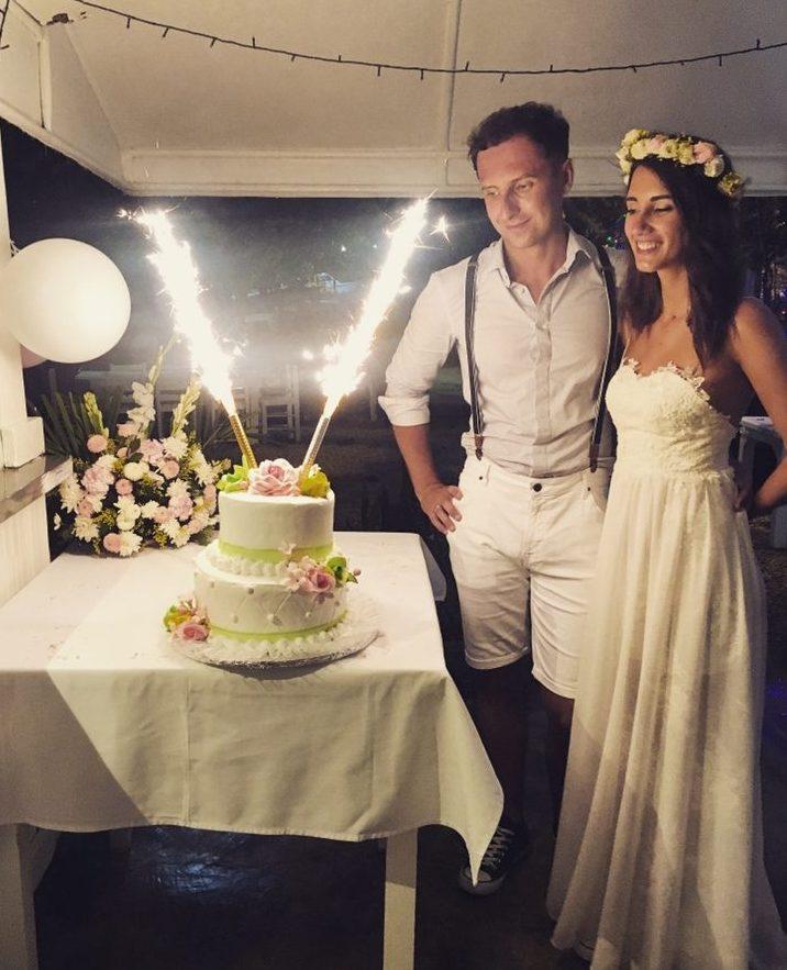 Ślub na plaży tort