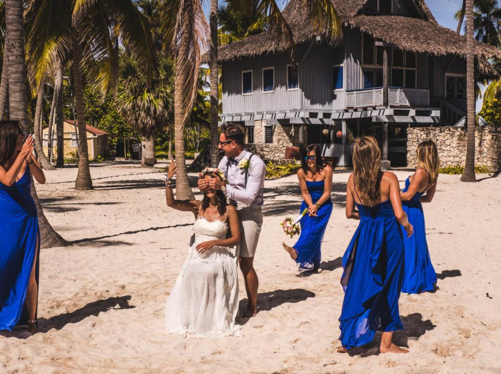 Ślub na plaży oczepiny
