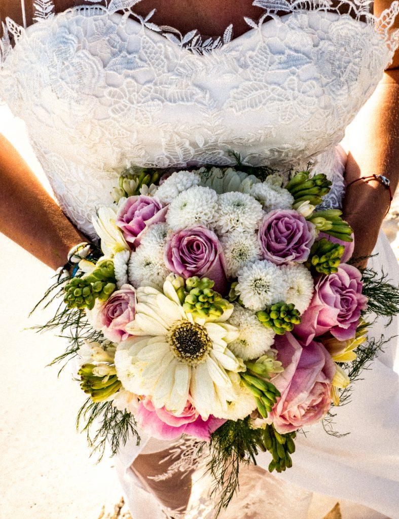 Ślub na plaży bukiet weselny