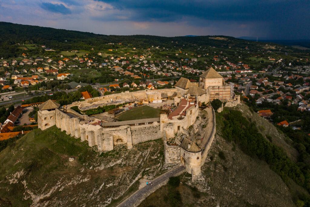 Balaton zamek sumeg